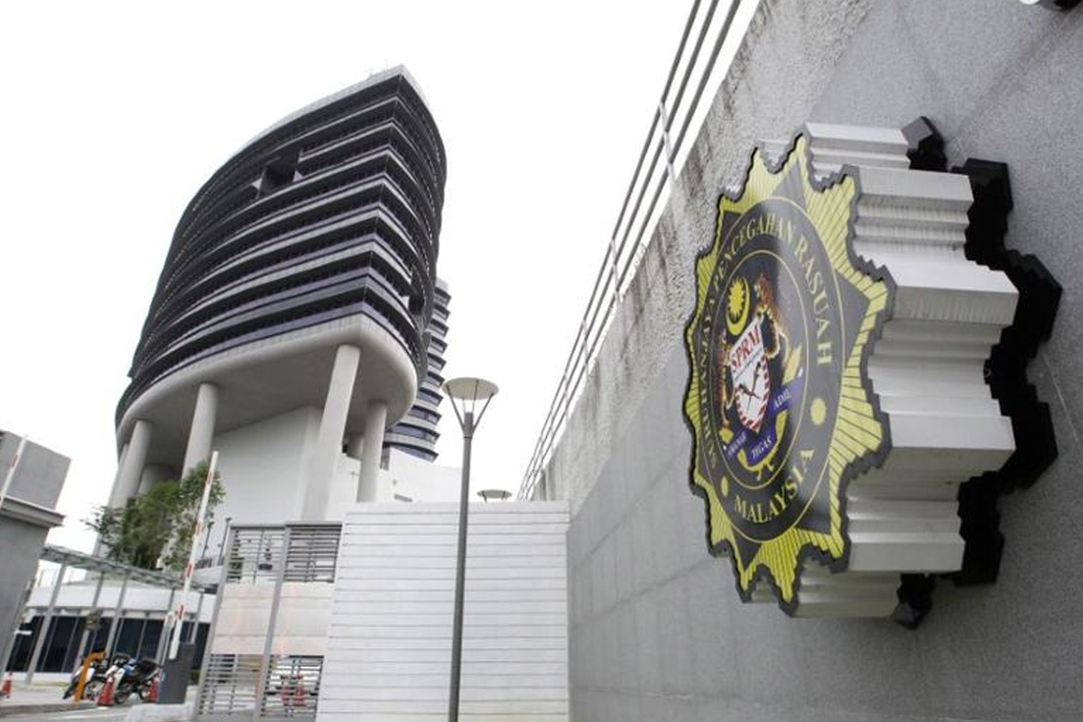 The MACC, in a statement today, said the PKR MP should come forward to lodge a report if the matter was actually considered corruption. (Photo by Reuters)