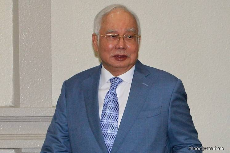 Najib admits he may have signed meeting minutes about Article 117's inclusion