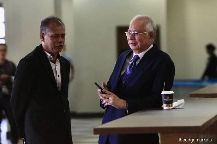 Najib: I'm not so stupid as to put stolen money in my personal account