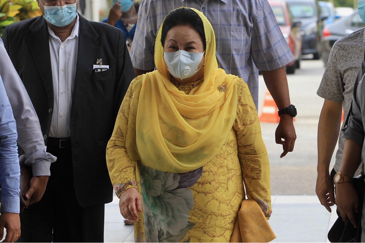 Rosmah's solar graft trial vacated as defence lawyer is unwell, to resume Aug 17