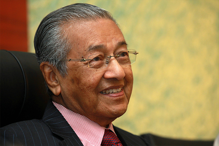 Mahathir expresses regret over Muslims involved in corruption