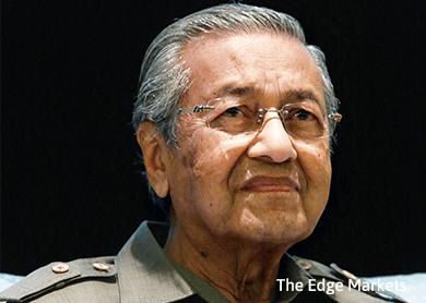 Najib disrupting 1MDB probe shows RM2.6b not halal, says Dr Mahathir
