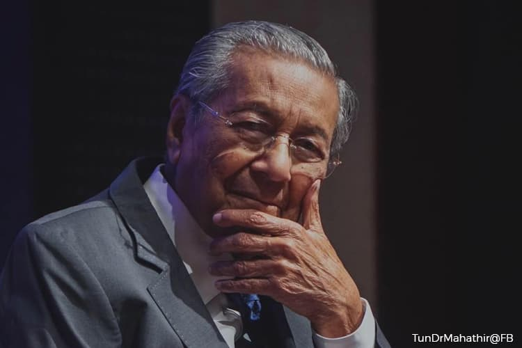 Dr Mahathir : Muhyiddin's administration can last until GE15