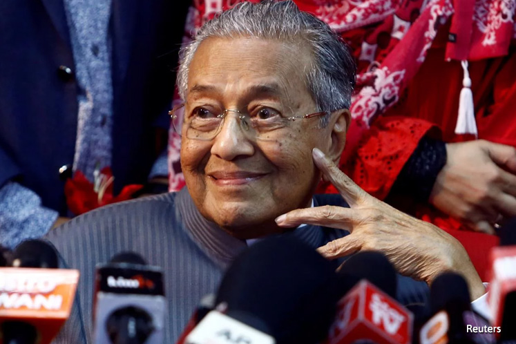 Azmin has not submitted any application to join Bersatu - Dr Mahathir