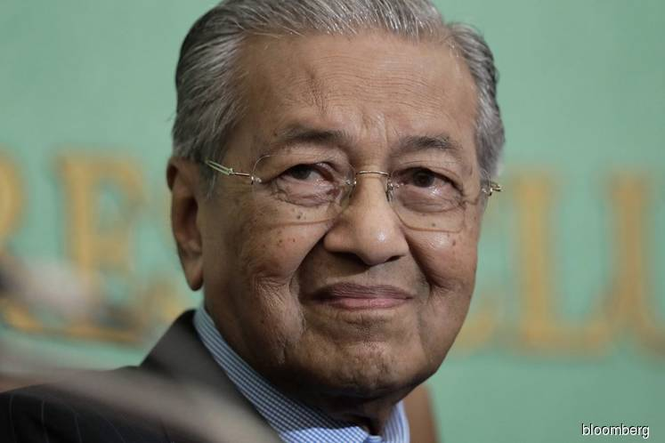 Malaysia's Mahathir Calls End to Asian Boom That He Helped Launch: Daniel Moss