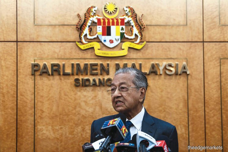Buying loyalty not the way, says Mahathir