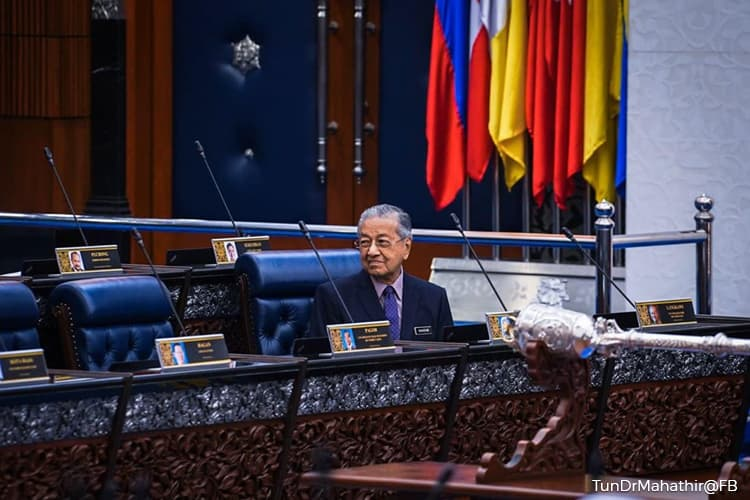 I'm sorry my solution to the financial crisis problems profited the tycoons — Dr Mahathir