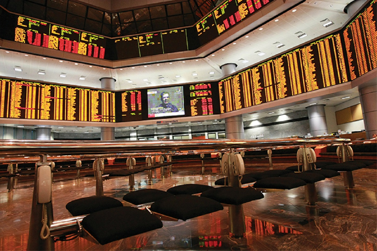 KLCI to trade at 1,550-1,617 level next week, glove counters continue to be stocks to watch out for