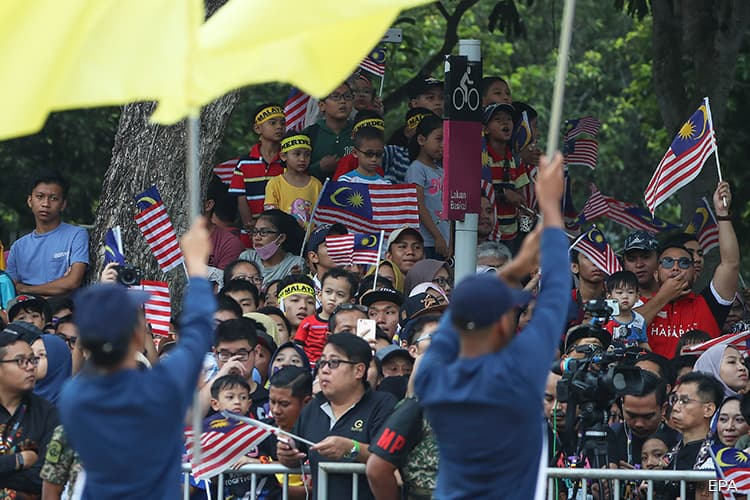Malaysia's population stands at 32.66 mil, males outnumbering females