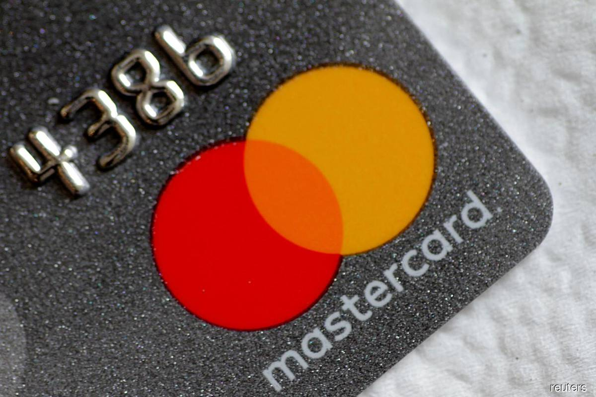Mastercard & Grab to bring digital upskilling to millions of informal workers in Southeast Asia