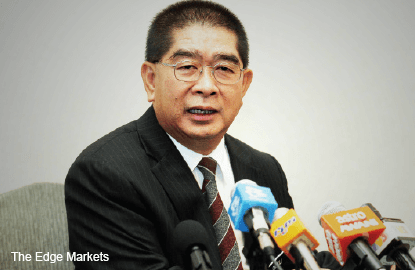 Ongkili meets Azmi but no solution on water issue yet
