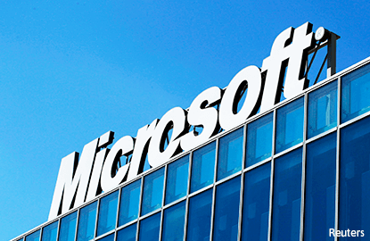 SINGAPORE (June 7): Temasek and Microsoft have announced a joint partnership aimed at helping aspiring entrepreneurs fulfil their entrepreneurial ambitions.  Called the Microsoft Accelerator (MA) programme, its mission is to help startups scale up quickly into enterprise-ready companies by mentoring them in launching their companies, building the team, sourcing for customers and expanding into global markets.  Temasek and six of its portfolio companies have joined the programme and will serve as official gl