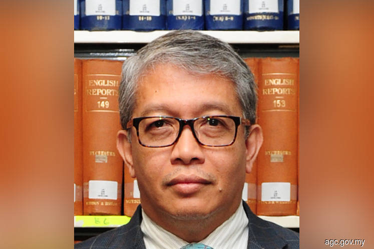Ex-solicitor-general Hanafiah accused of abuse of power
