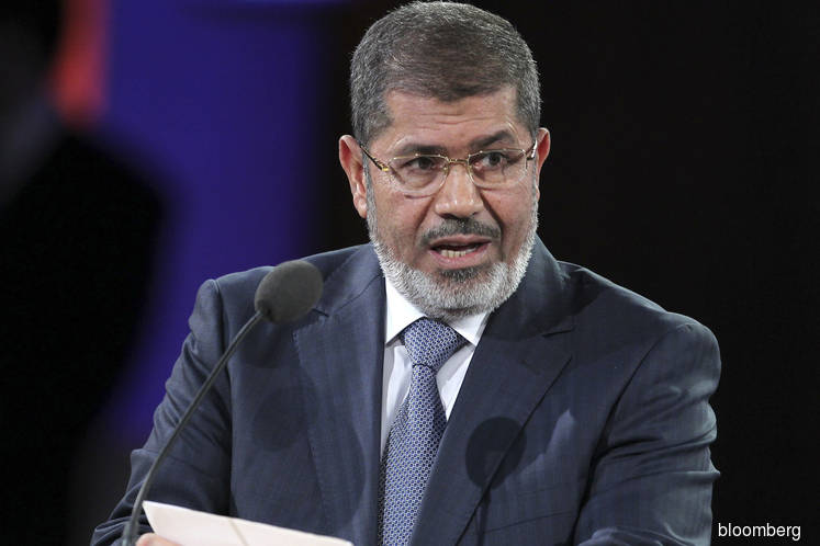 Mohamed Mursi, who ruled Egypt between two revolts, has died
