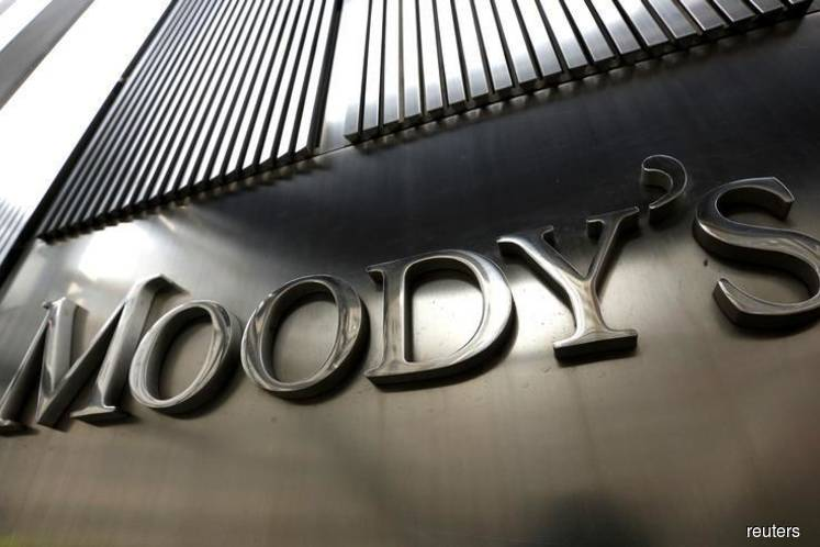 Moody's cuts global sovereign rating outlook to 'negative' for 2020