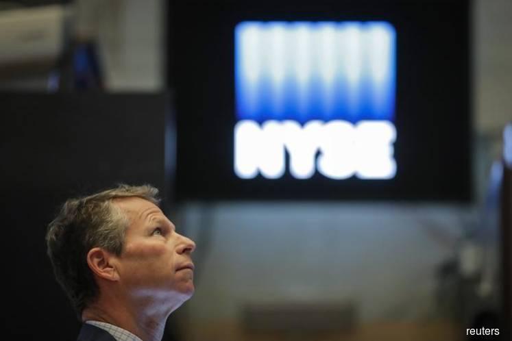 Investors eye cracks in US$4.4 tril U.S. ETF market as sell-off rages