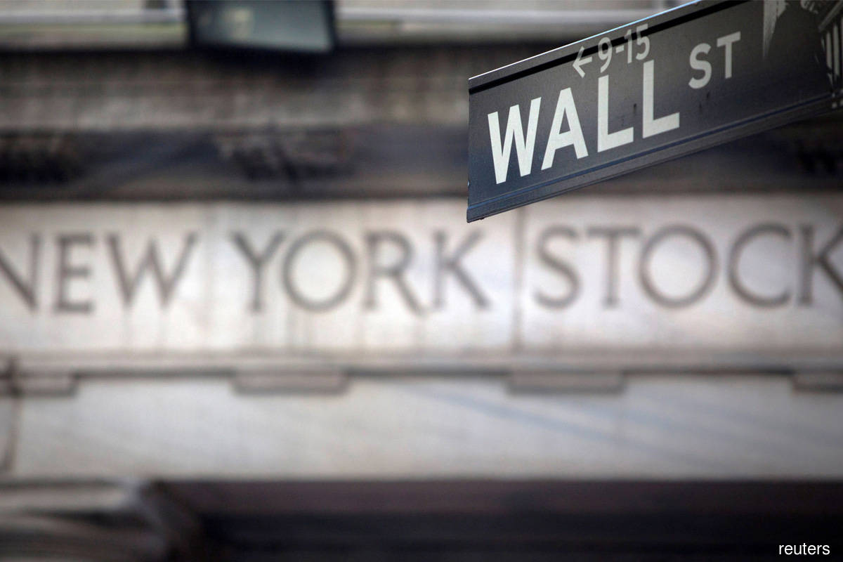 Indices notch closing record highs as key earnings, Fed meet eyed