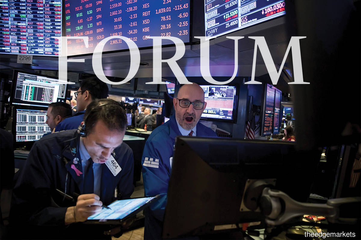 Everyone is riding the boom, too afraid of the crash, but also too afraid not to ride the boom. Markets are the intersection between greed and fear.