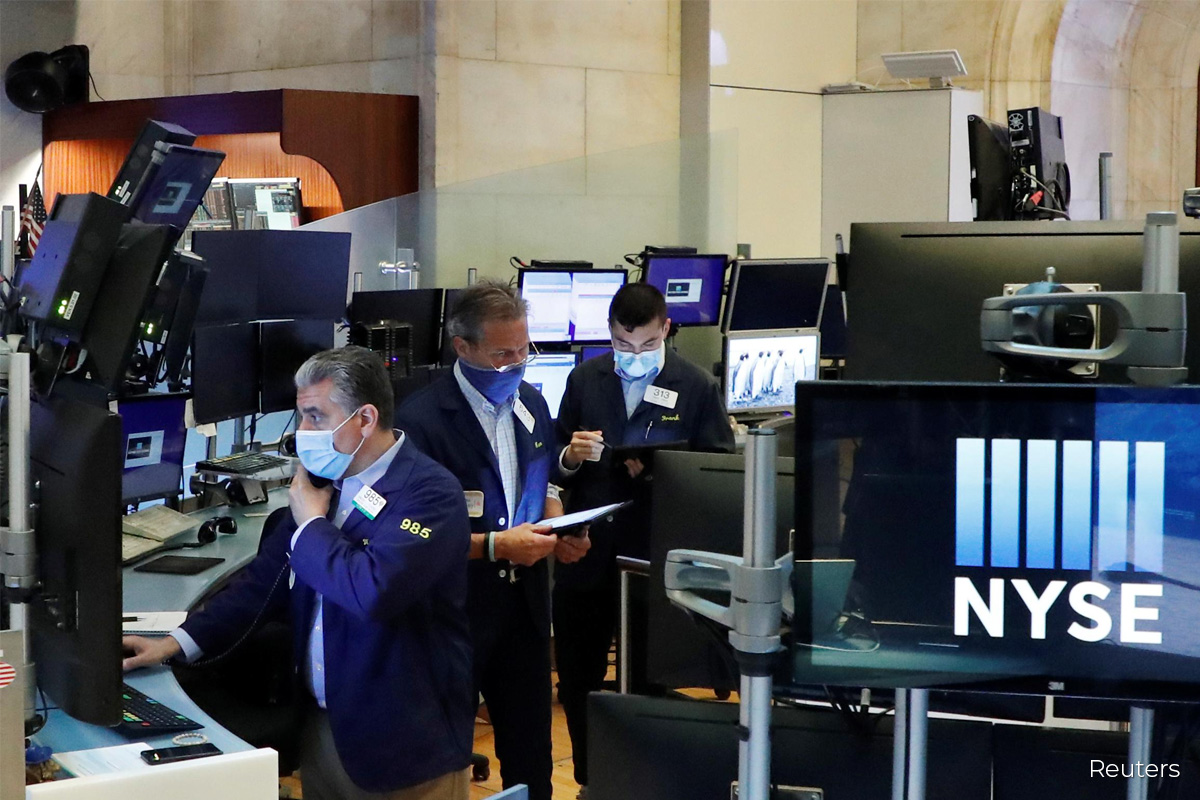 Nasdaq ends at record high as Wall St rises with tech shares