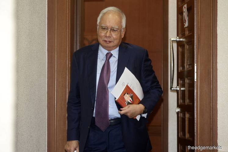 Witness confirms cheques worth RM10.77m issued by Najib
