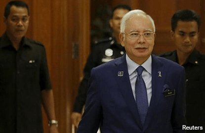 Najib: Low education level among causes of heavy economic burden