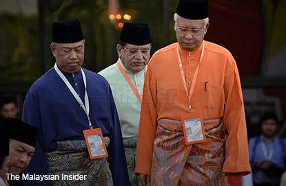 Muhyiddin, Shafie attend Umno political bureau meeting chaired by Najib