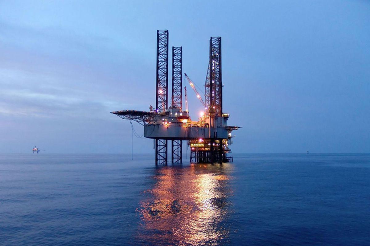 Oil rallies to US$73 on tight US supplies, Biden-Xi call