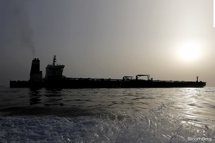 Oil Tanker Rates Roar to New Records Amid Geopolitical Risks