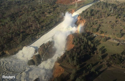 Crews work to seal California spillway that forced evacuations