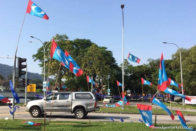 PKR accepts two independent MPs from Sarawak