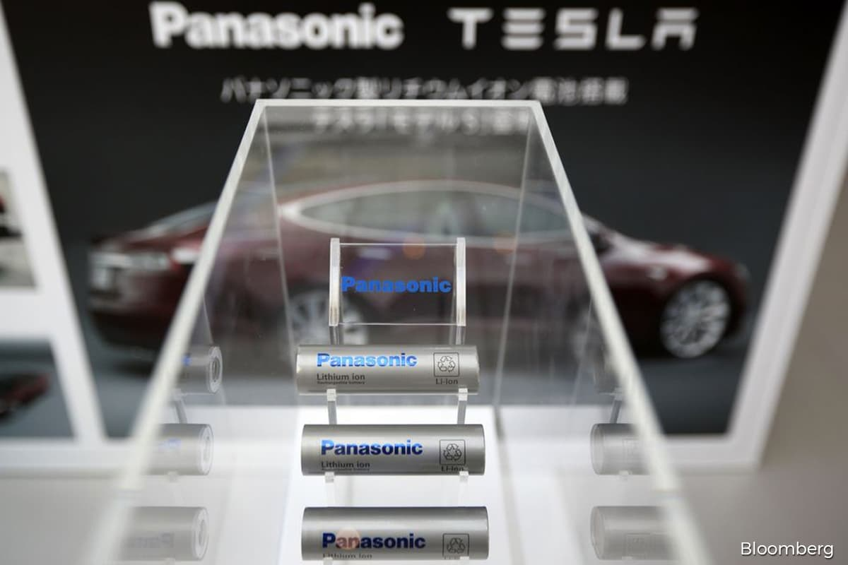 Panasonic bets on Tesla 'beer can' battery to unlock US$25,000 EVs