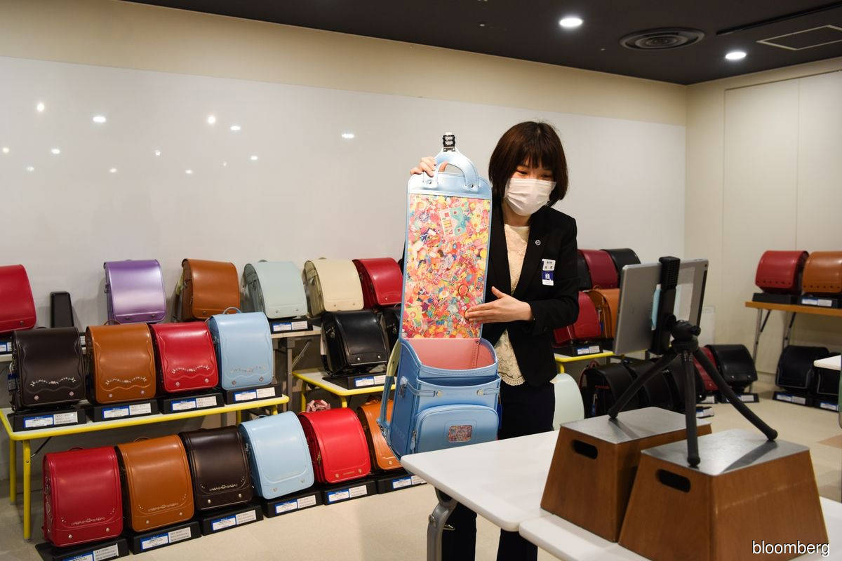 Pandemic forces digital change on Japan's businesses
