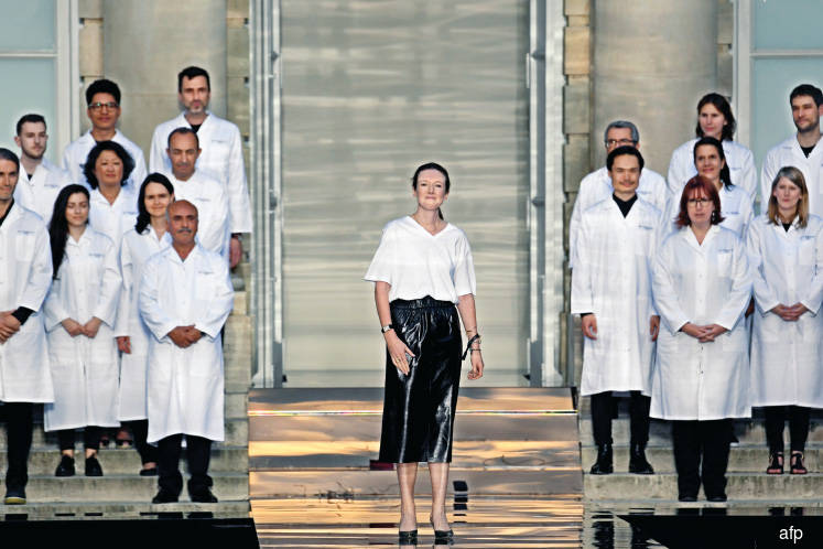 Fashion: Givenchy homage on first day of Paris haute couture shows