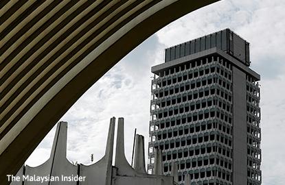 大马政府寻求国会批准额外拨款予2015年财算案