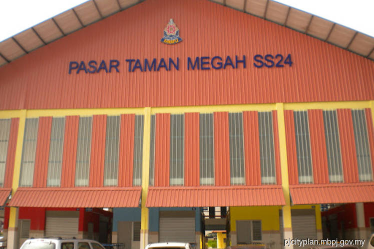 60 traders at Taman Megah morning market screened after one positive case