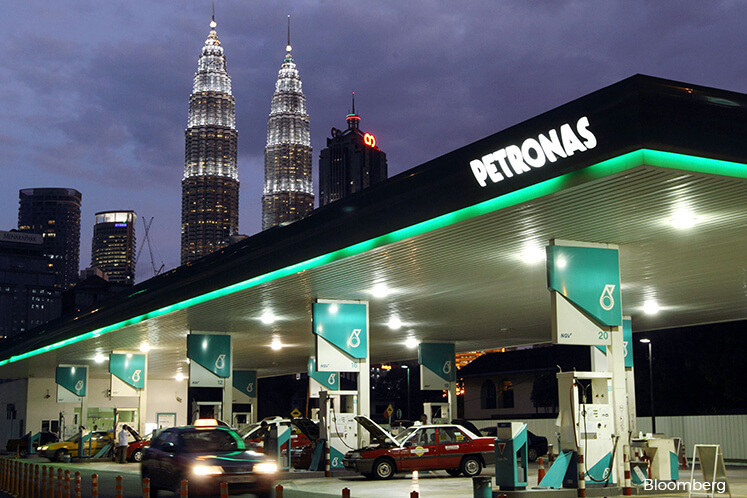 Petronas Dagangan shares advance most this year