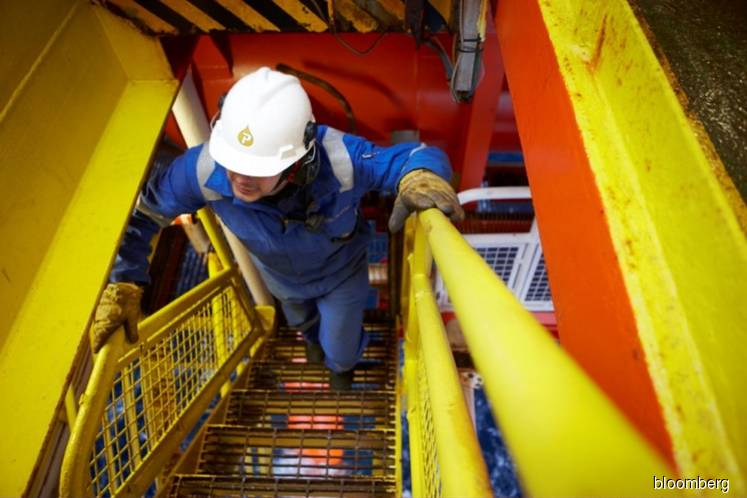 Petrofac considers offshore oil asset sale in Malaysia