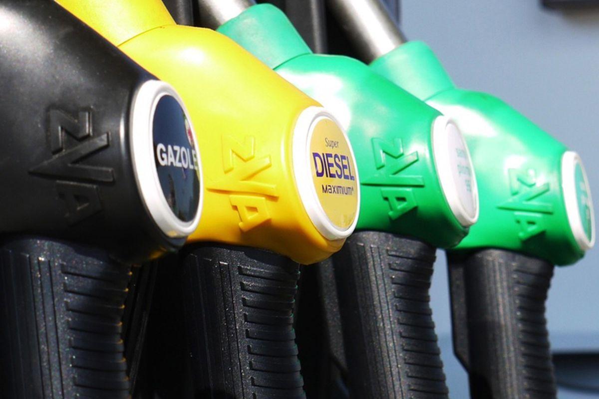 汽油和柴油价格维持不变