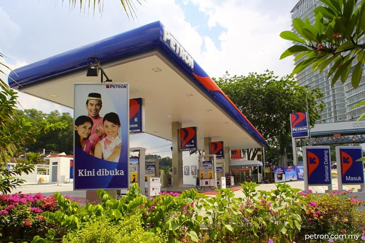 Highest return on equity over three years: ENERGY: Petron Malaysia Refining & Marketing Bhd - Consistently high returns despite volatile crude oil prices
