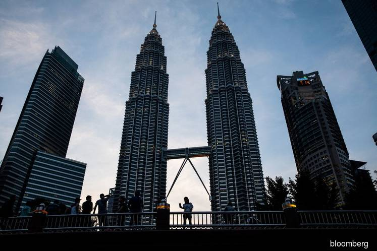 Petronas CDS tightens 9 bps, most in 13 months
