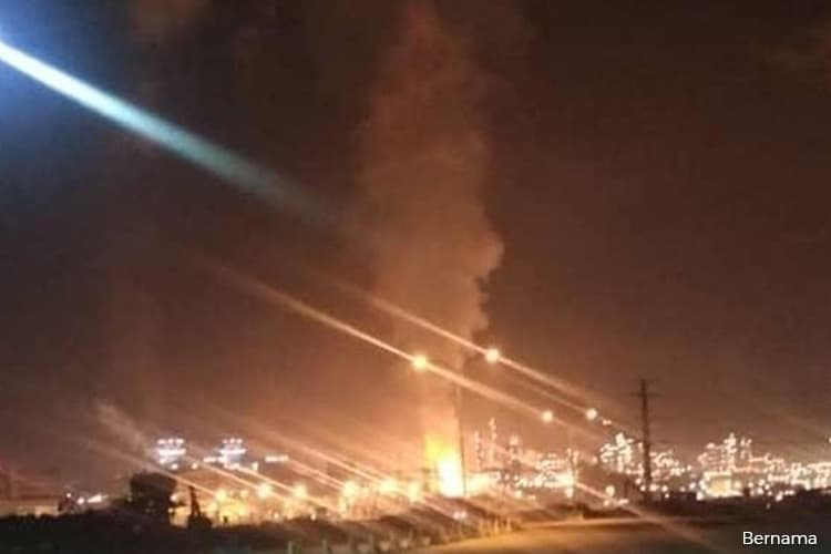 Petronas confirms explosion at Pengerang, says fire contained
