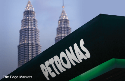 Petronas to tap cash reserves for dividend payment