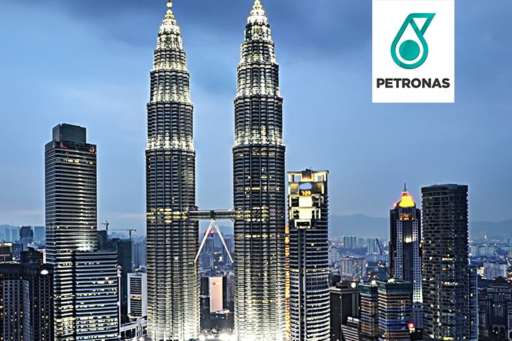Petronas completes second LNG break bulking STS transfer