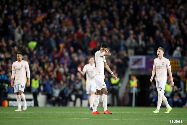Solskjaer calls for squad rebuild after United outclassed by Barca