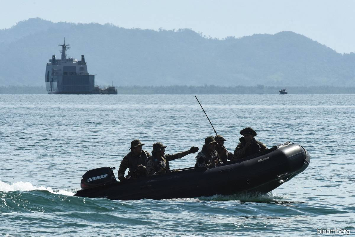 Philippines boosts patrols to counter China in contested sea