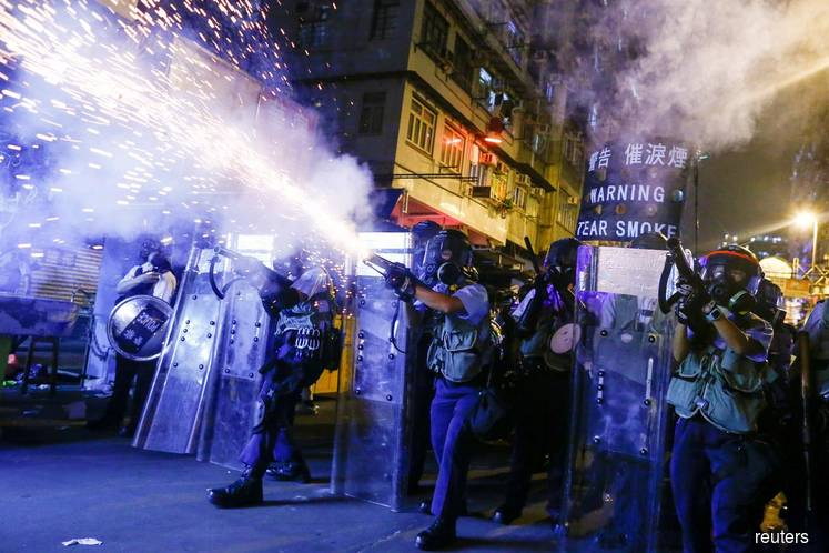 HK readies for more protests as Trump and others seek peaceful resolution