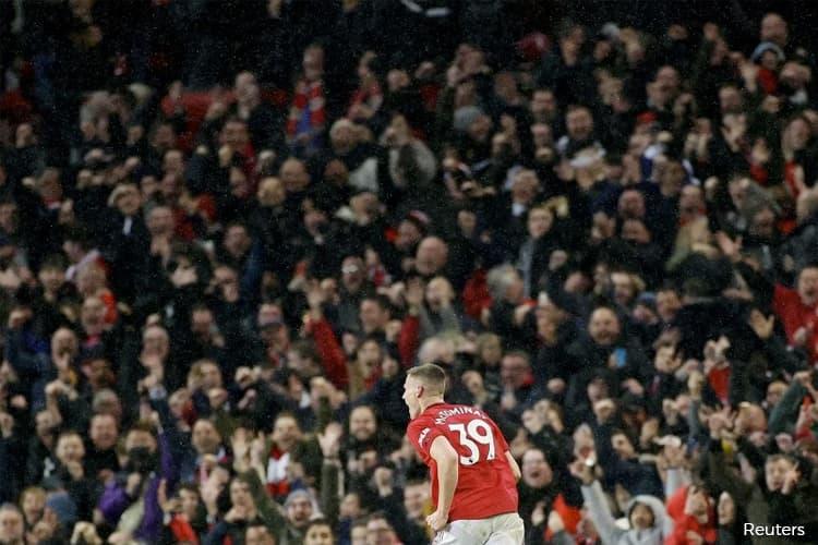 Premier League matches to go ahead as normal despite coronavirus spread