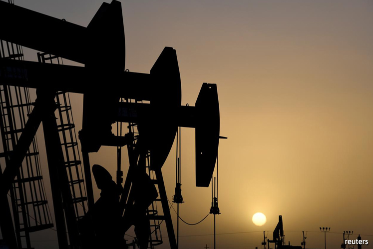 Oil prices lifted for 4th day by signs of output cuts and demand pick-up