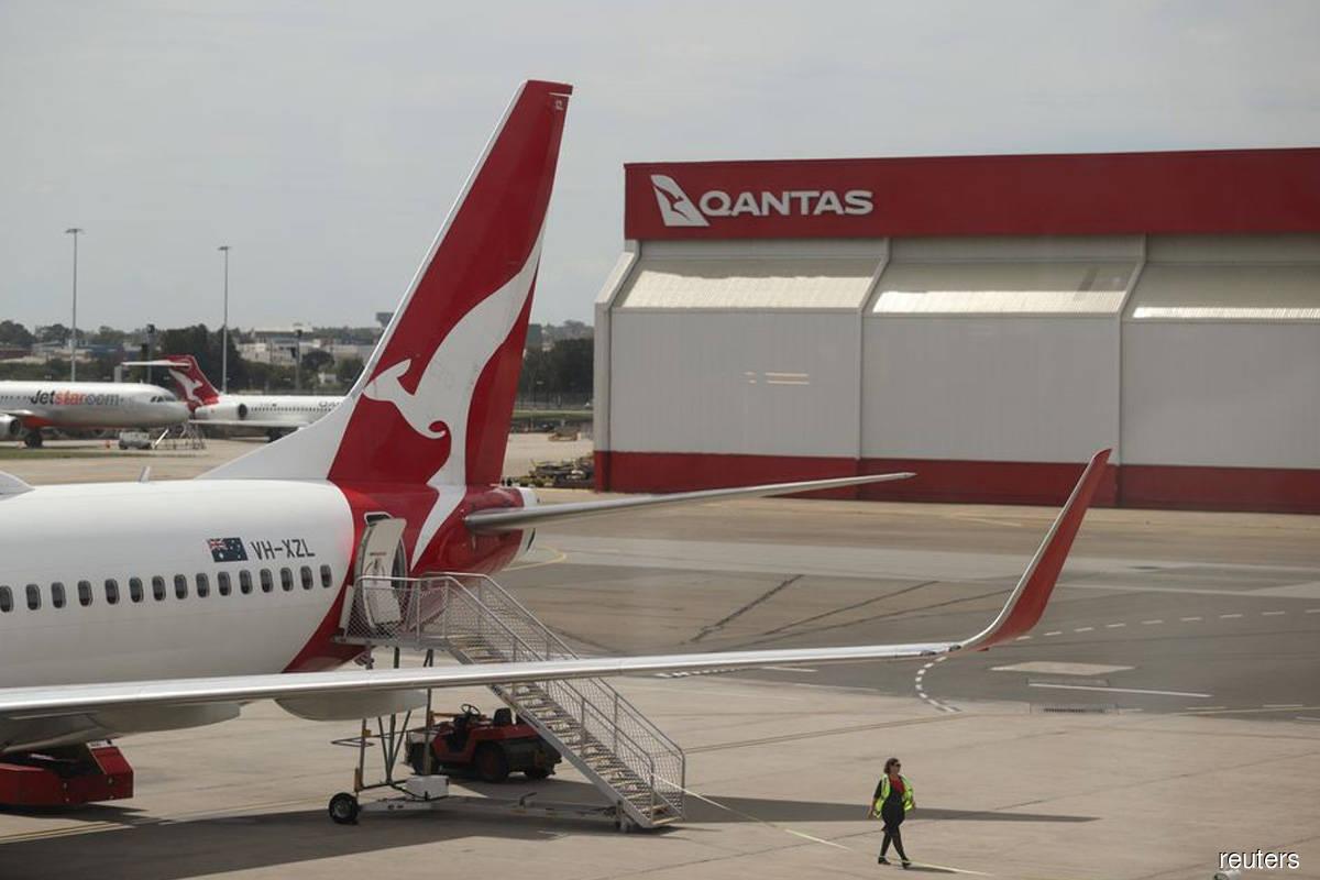 Qantas plans major narrowbody, widebody plane orders in 2022