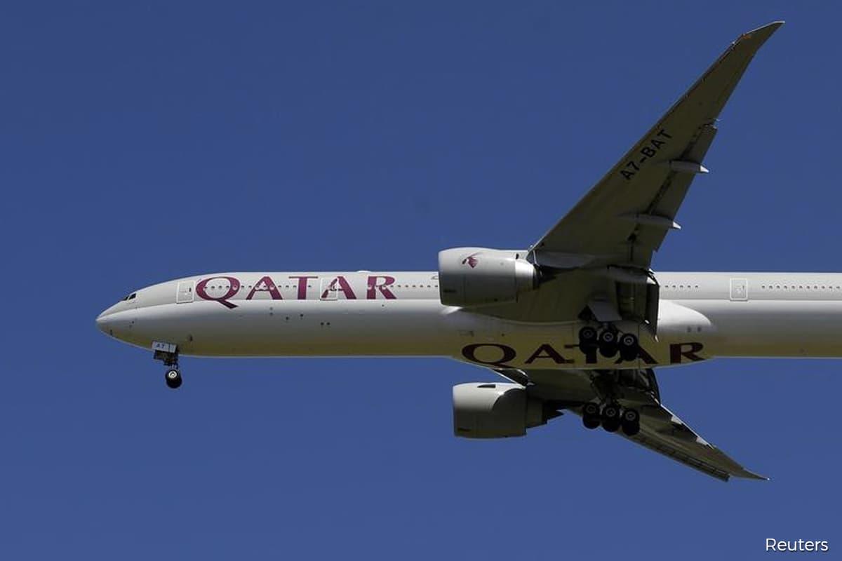 Qatar Airways faces strike over examination of Australians